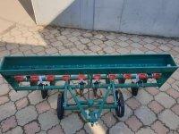 Сеялка зерновая для мотоблоков, мототракторов, дисковая на 10 рядов (СЗЧ10Р)